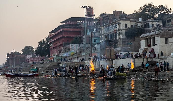 Varanasi Ganges, Ghats: Harish Chandra Ghat Prachin Hanuman Ghat