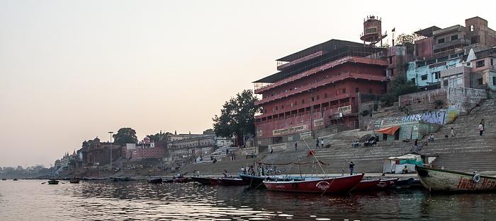 Varanasi Ganges, Ghats: Prachin Hanuman Ghat
