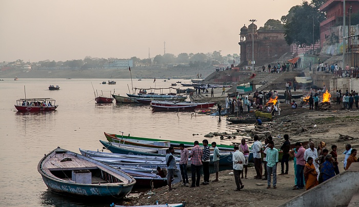 Varanasi Ghats, Ganges Harish Chandra Ghat
