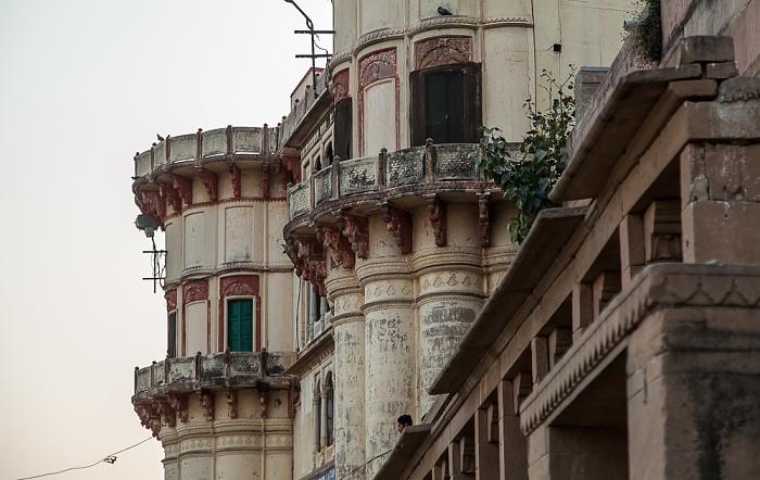 Varanasi Ghats: Rewan Ghat