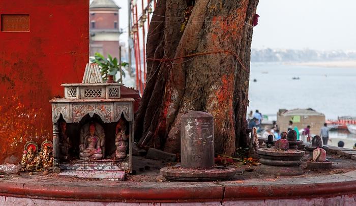 Varanasi Ghats: Assi Ghat Ganges