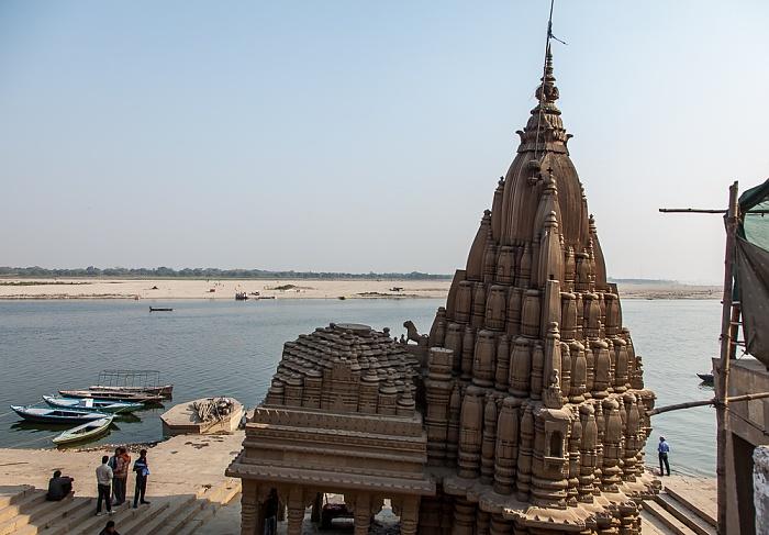 Varanasi Ghats: Ratneshwar Mahadev Ganges