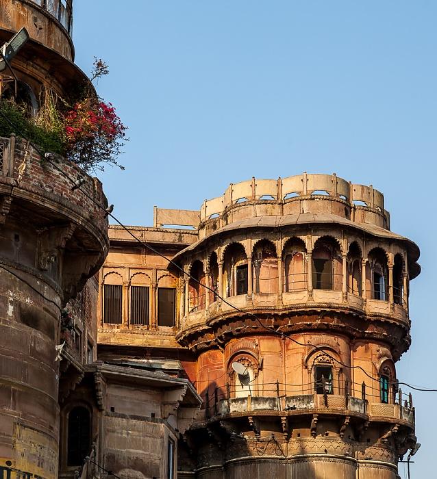 Varanasi Ghats: Bhonsale Ghat
