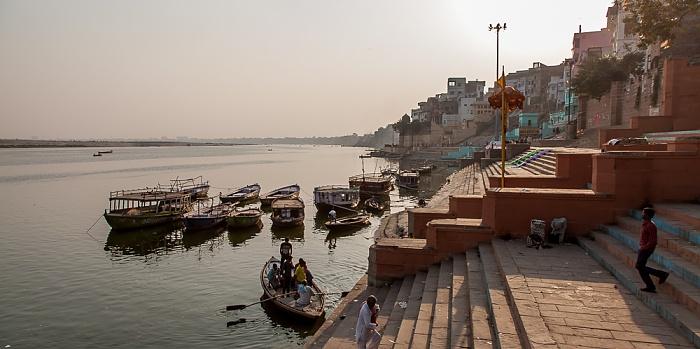 Varanasi Ghats, Ganges: Gai Ghat
