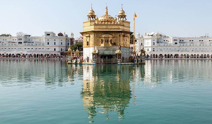 Amritsar Golden Temple Complex: Amrit Sarovar (Wasserbecken), Harmandir Sahib (Goldener Tempel)