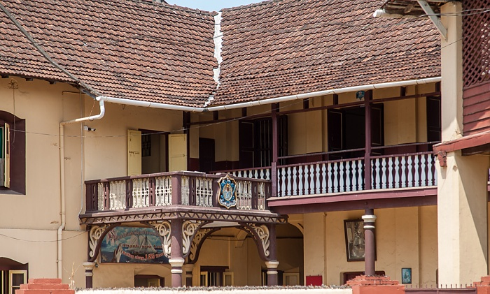 Fort Kochi: St. Mary's Canossian Convent