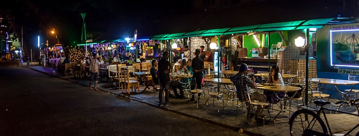 Fort Kochi: Tower Road - Cafe Cuba