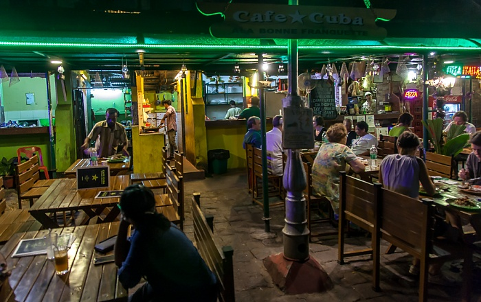 Fort Kochi: Tower Road - Cafe Cuba