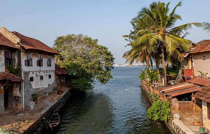 Kochi Mattancherry: Eraveli Canal, Vembanad Lake