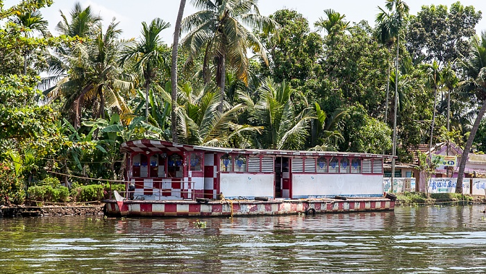 Backwaters Pamba River: Schwimmender Suppermarkt