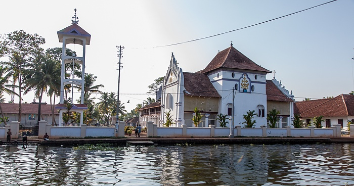 Backwaters Pamba River, St. Mary's Forane Church (Champakulam)