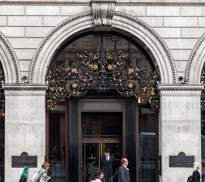St James's: Piccadilly - The Wolseley London