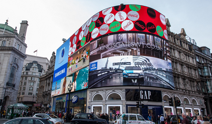 Piccadilly Circus London 2016