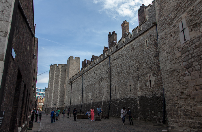 Tower of London: Mint Street