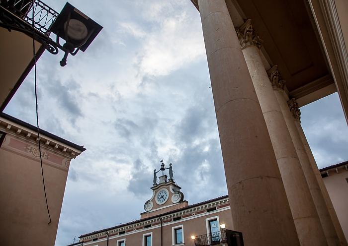 Bardolino Piazza Giacomo Matteotti: Parrocchia S.S. Nicolò e Severo