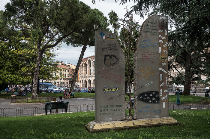 Centro Storico (Altstadt): Piazza Bra Verona