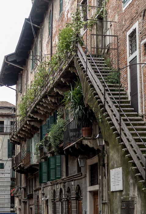 Centro Storico (Altstadt): Via Mazzanti Verona