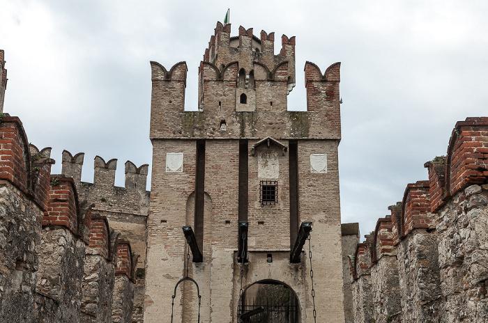 Sirmione Centro Storico: Scaligerburg (Castello Scaligero)