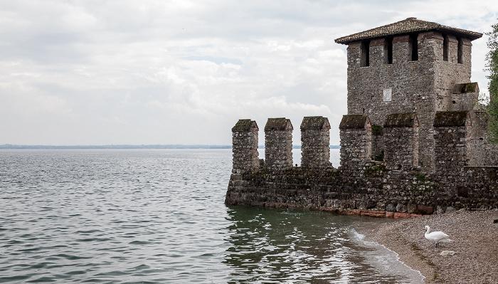 Sirmione Centro Storico: Scaligerburg (Castello Scaligero), Gardasee