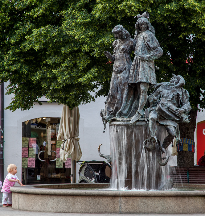 Amberg Altstadt: Marktplatz - Hochzeitsbrunnnen
