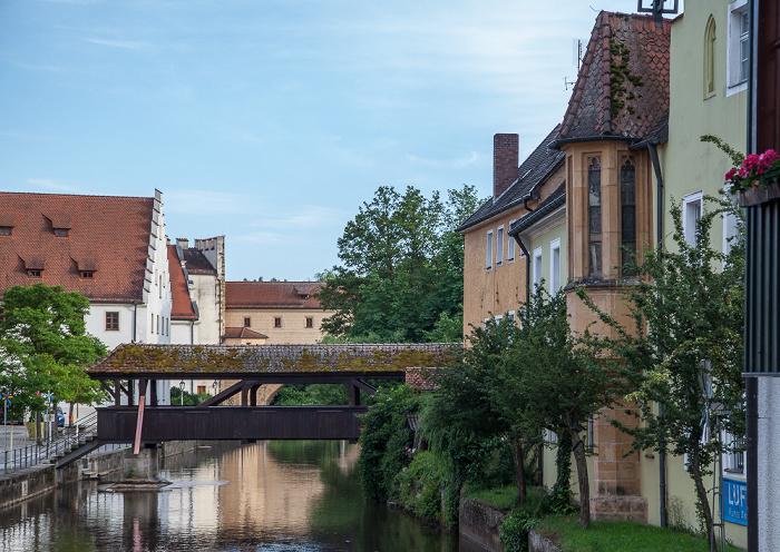 Amberg Altstadt: Blick vom Martinssteg - Vils mit der Schiffbrücke