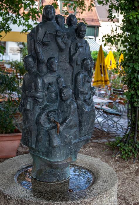 Altstadt: Eichenforstplatz - Den Bürgern Ambergs gewidmet