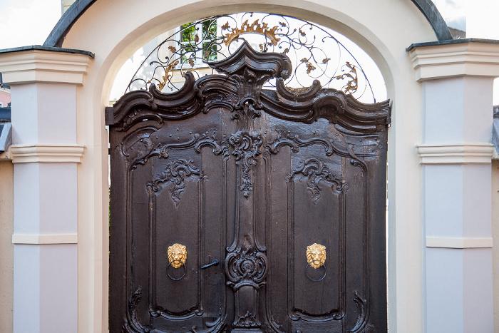 Amberg Altstadt: Löffelgasse - Rokokoportal des ehem. Predigerhauses