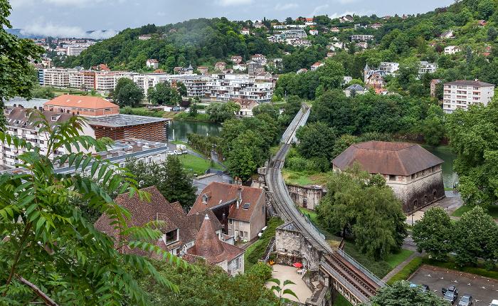 Blick von der Citadelle de Besançon Doubs Pont de chemin de fer de Rivotte Tour de Rivotte