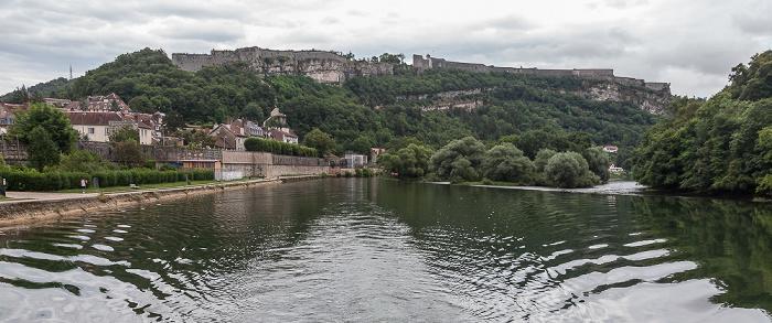 Besançon Doubs mit den Îles des Grands Bouez Citadelle de Besançon Jardins de la Gare-d'Eau
