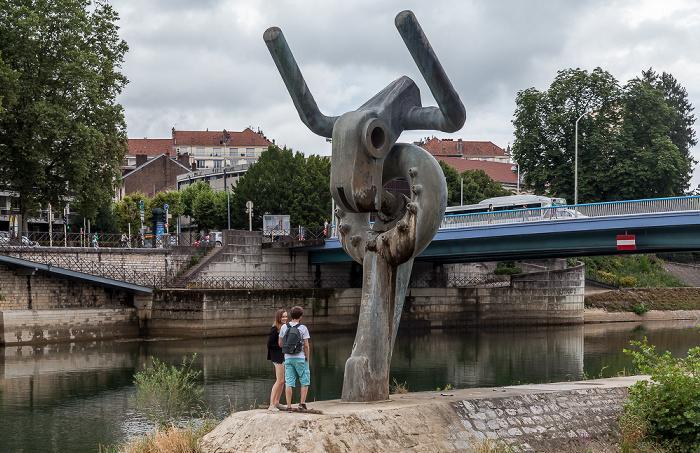 Besançon Doubs, Le Minotaure (von Jens Boettcher) Pont Robert-Schwint