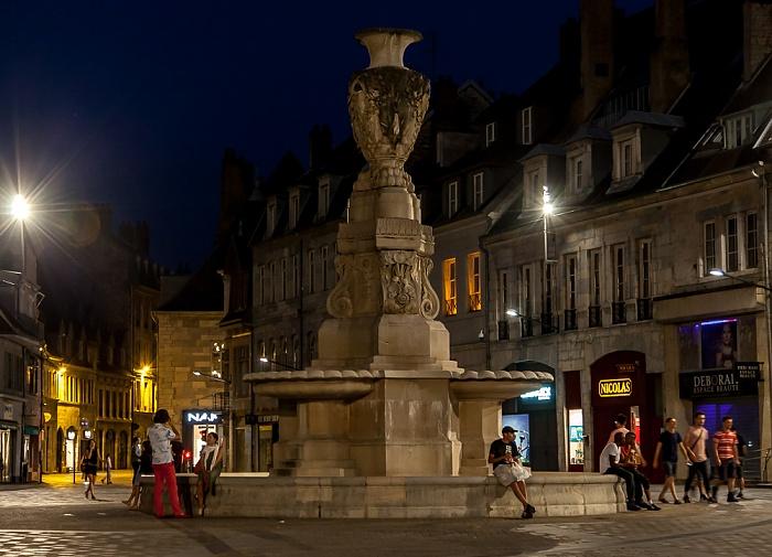 Besançon La Boucle (Centre historique): Place de la Révolution