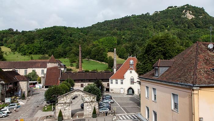 Blick aus dem Hôtel des Deux Forts: Salines de Salins-les-Bains und Fort Saint-André
