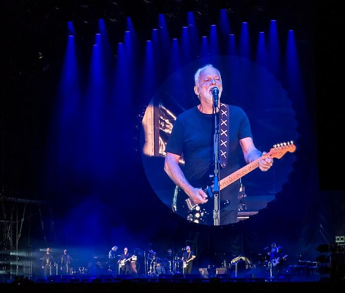 Saline Royale d'Arc-et-Senans (Königliche Saline): David Gilmour Arc-et-Senans On an Island