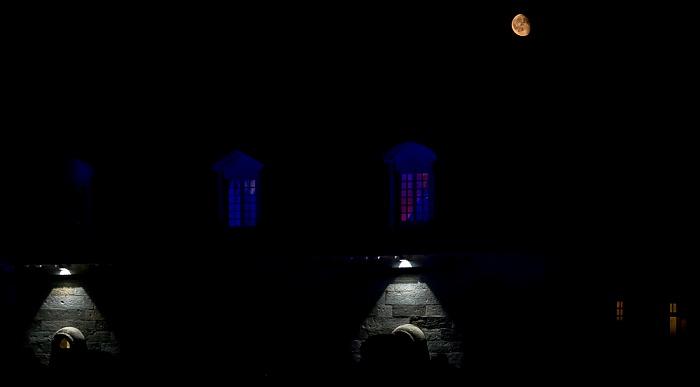 Saline Royale d'Arc-et-Senans (Königliche Saline): David Gilmour Arc-et-Senans Mondaufgang über der Saline Royale d'Arc-et-Senans