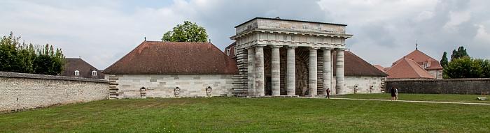 Saline Royale d'Arc-et-Senans (Königliche Saline): Portalgebäude