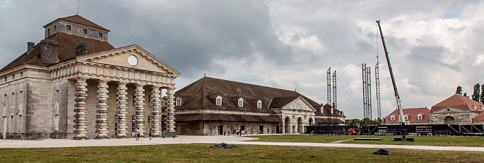 Saline Royale d'Arc-et-Senans (Königliche Saline): Haus der Direktoren und östliche Salzwerkstatt