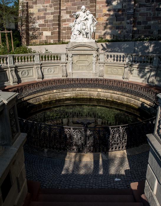 Donaueschingen Fürstlich Fürstenbergischer Schlosspark: Donauquelle