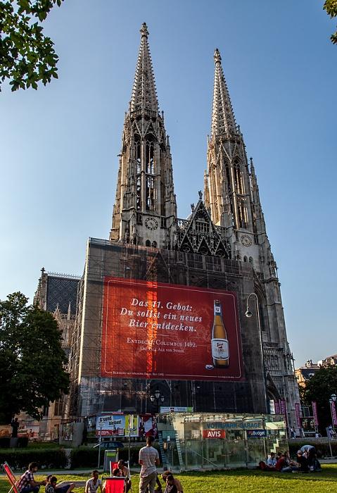 Alsergrund (IX. Bezirk): Sigmund-Freud-Park, Votivkirche Wien 2016