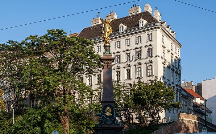 Innere Stadt: Wiener Ringstraße (Universitätsring) - Liebenberg-Denkmal