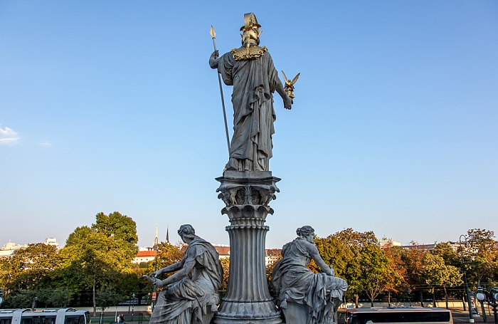 Wien Innere Stadt: Blick vom Parlamentsgebäude - Pallas-Athene-Brunnen