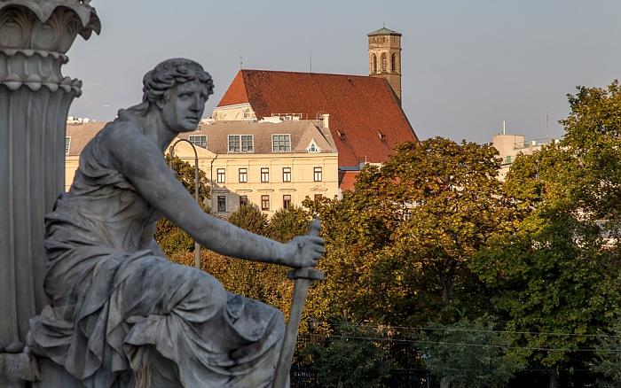 Wien Innere Stadt: Blick vom Parlamentsgebäude - Minoritenkirche