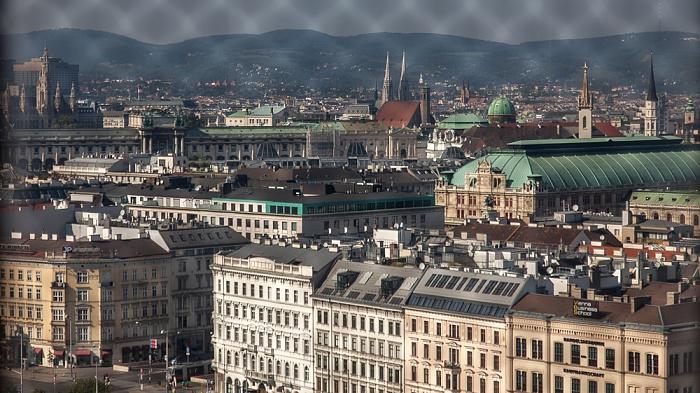 Wien Karlskirche: Blick aus der Kuppellaterne - Innere Stadt Augustinerkirche Burgtheater Hofburg Michaelerkirche Minoritenkirche Votivkirche Wiener Rathaus Wiener Staatsoper