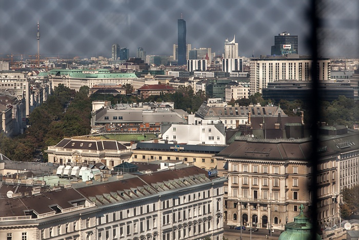 Wien Karlskirche: Blick aus der Kuppellaterne DC Tower 1 Donau City Donauturm