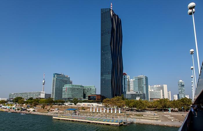 Wien Donaustadt (XXII. Bezirk): Donau, Reichsbrücke, Donaupark mit Donauturm, Donau City mit DC Tower 1