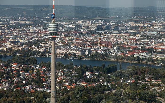 Wien Blick von der DC Tower 1 Skyterasse: Donauturm Floridsdorf Obere Alte Donau Pfarrkirche Donaufeld