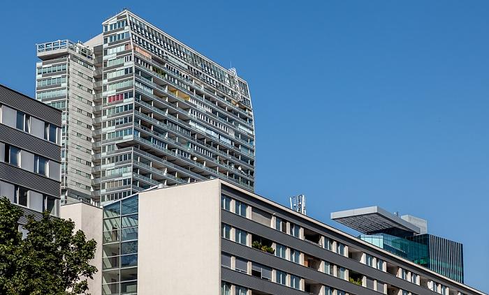 Wien Donaustadt (XXII. Bezirk): Donau City Mischek Tower Saturn Tower