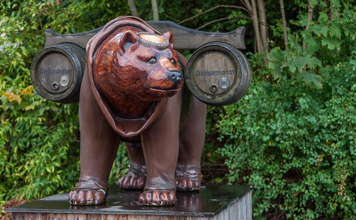 Freising Bayerische Staatsbrauerei Weihenstephan: Bärenskulptur