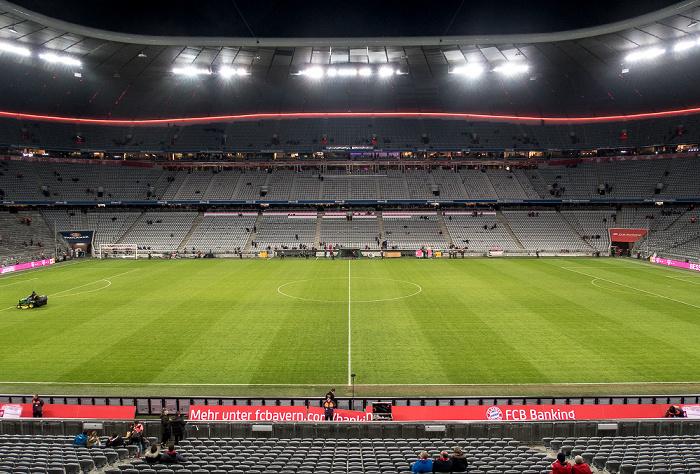 Allianz Arena: Haupttribüne (Westtribüne) München 2016