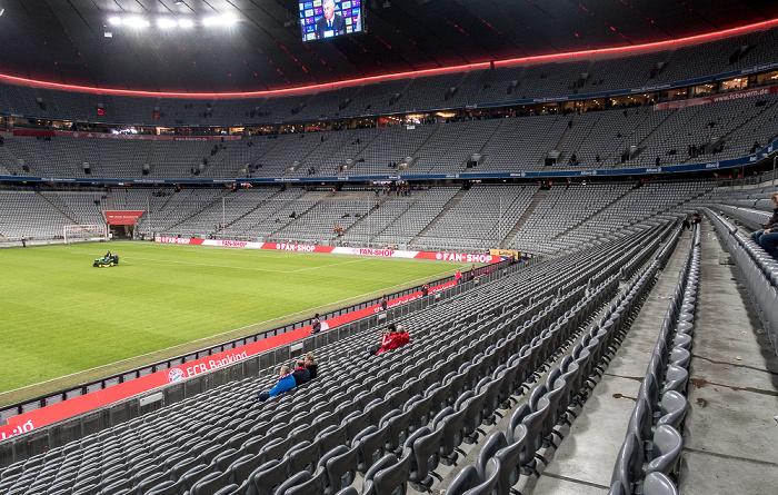 München Allianz Arena: Gegentribüne (Osttribüne), Nordkurve