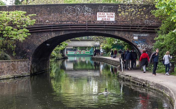 London Camden Town: Regent's Canal